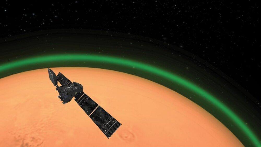 علت مشاهده نور سبز اطرف مریخ چیست؟