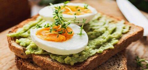 باورهای نادرست درباره تخم مرغ/مصرف زیاد دانه سیب و بروز بیماری