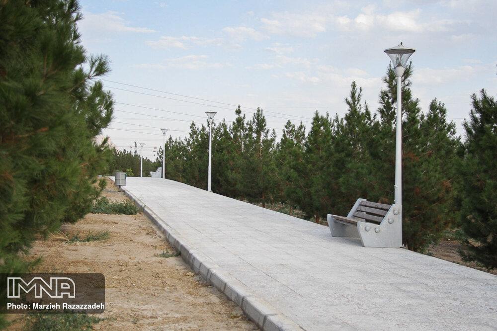 احداث پارک مدافعان سلامت در خرم آباد