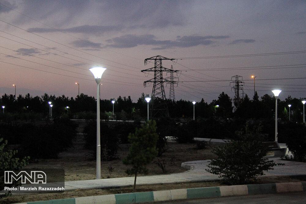 کاهش ۷۰ درصدی روشنایی پارکهای شهر اصفهان
