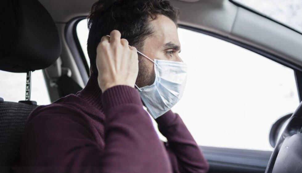 استفاده از ماسک درون خودروی شخصی ضروری است؟