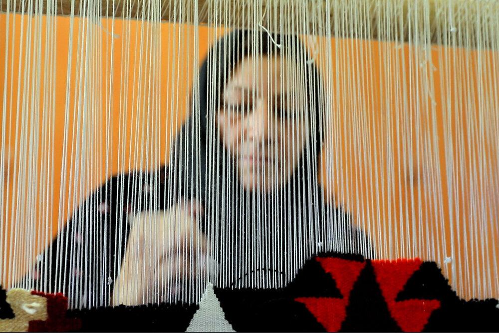 تسهیلات اشتغال زنان مناطق حاشیهای اصفهان دنبال شود