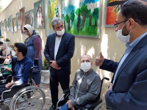 شهرداری از معلولان حمایت میکند