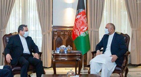 دیدار عراقچی با سرپرست وزارت امور خارجه افغانستان