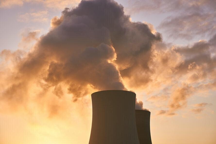 صدور اخطاریه برای ۱۴۰ واحد صنعتی آلاینده در کاشان