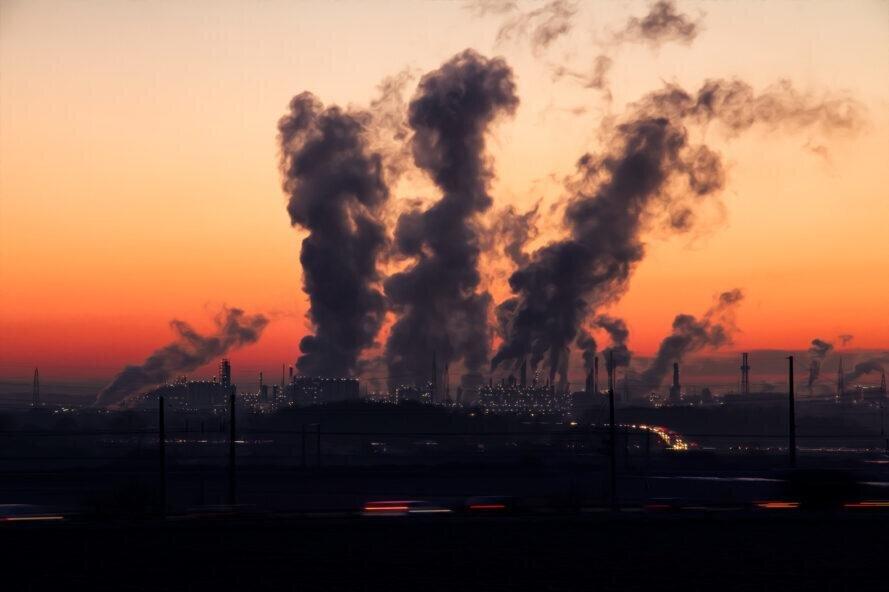 احصاء ۱۵ عامل مؤثر در آلودگی هوا و ترک فعل مدیران مربوطه