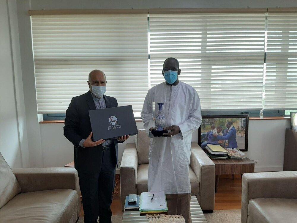 ایران و سنگال در خصوص همکاری برای مبارزه با کرونا رایزنی کردند