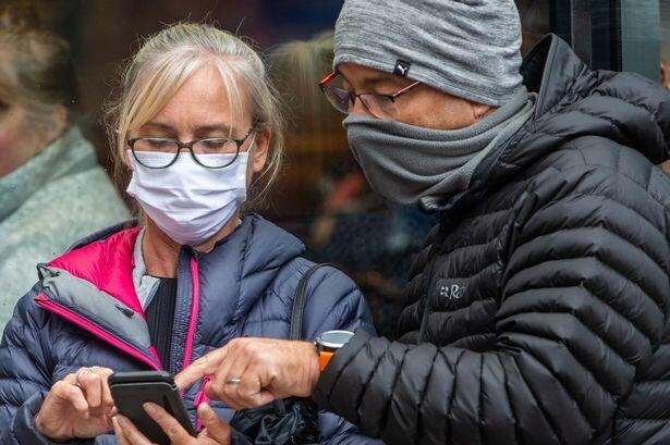 استفاده از ماسک در پاریس اجباری شد