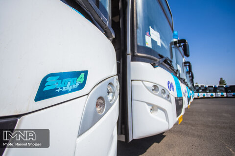 امضای تفاهم نامه ساخت و خرید یک هزار دستگاه اتوبوس درون شهری