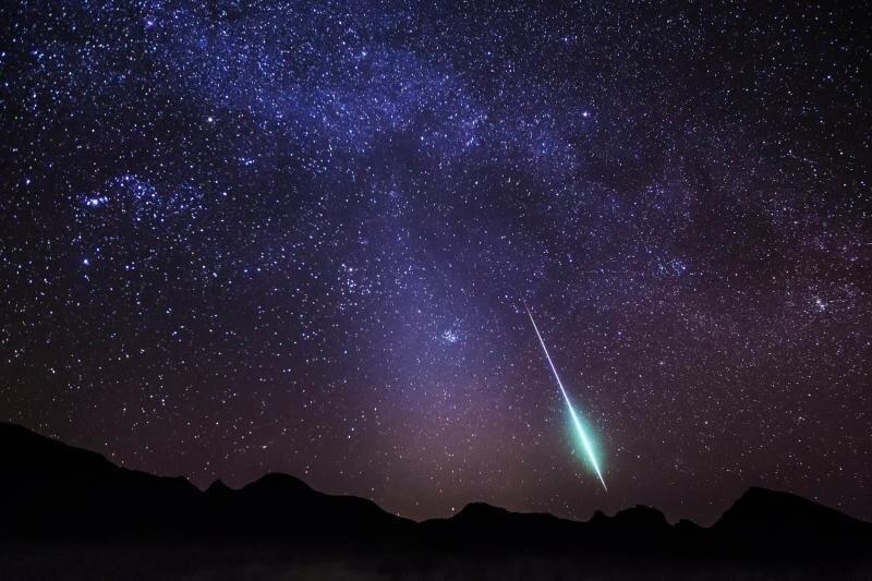 بارش شهابی بَرساوُشی سال ۲۰۲۱ آسمان شب را روشن میکند