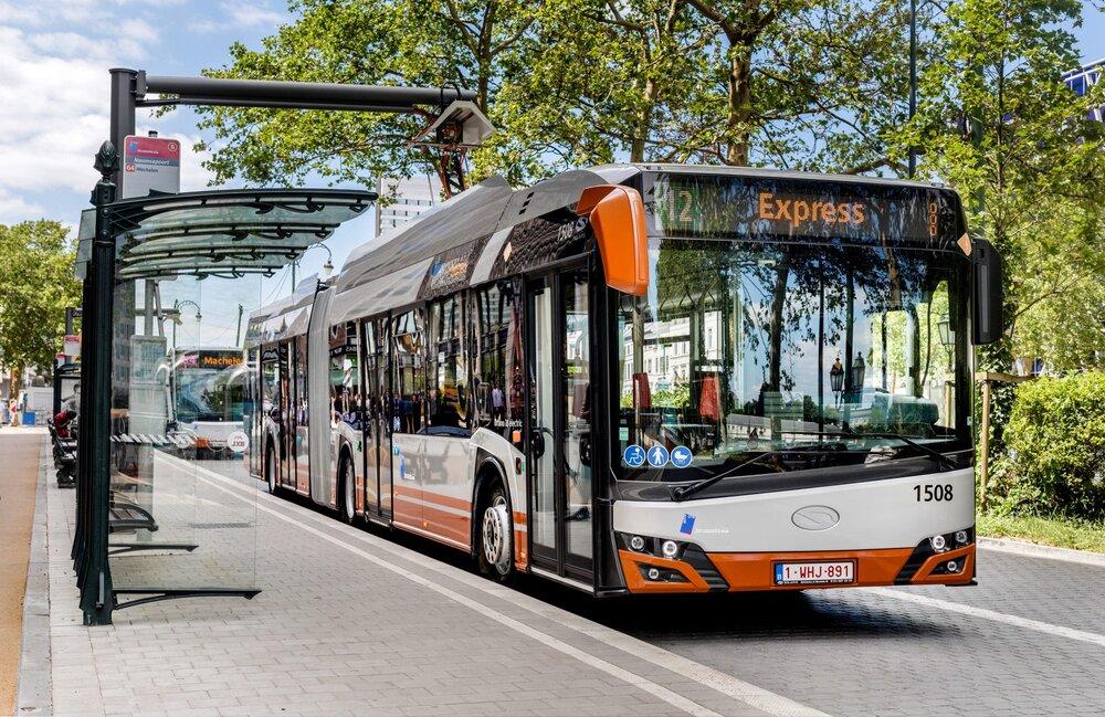 نصب شارژر اتوبوسهای برقی در لهستان