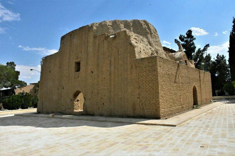 بازسازی مجموعه تاریخی گنبد زنگوله دامغان