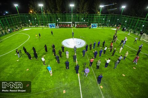 اجرای مسابقه پرتاب توپ مدیسن بال کارکنان شهرداری گلپایگان