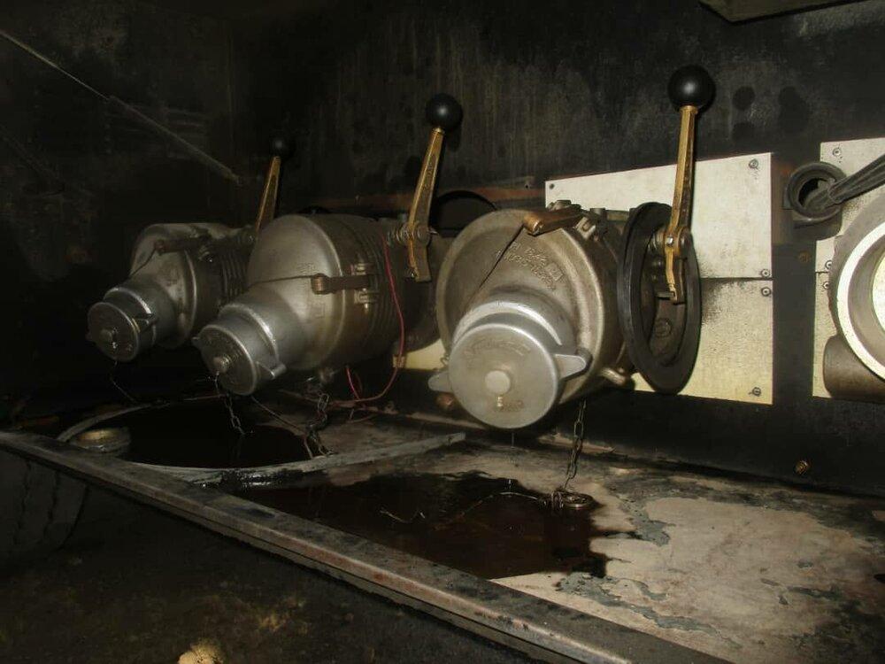 نشت نفت تانکر سوخت در اصفهان رفع خطر شد