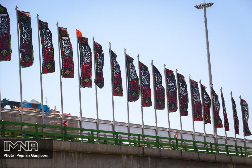 نصب ۴ هزار پرچم مشکی در نقاط مختلف شهر کرمانشاه