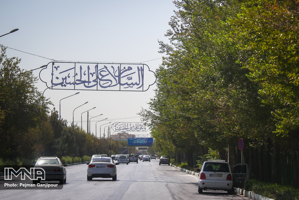 تهران سیاهپوش عزای سید و سالار شهیدان شده است