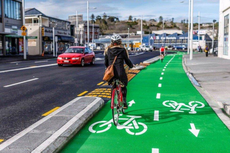 نصب جایگاههای دوچرخه برای امنیت عابران