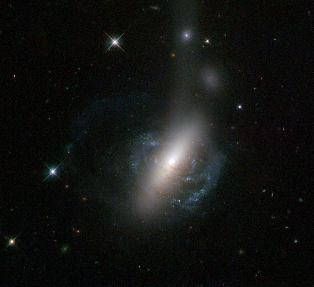 هسته منحصربهفرد، ثمره ادغام دو کهکشان