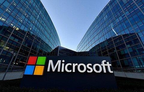 چگونه مایکروسافت به یک شرکت کربن منفی تبدیل میشود؟