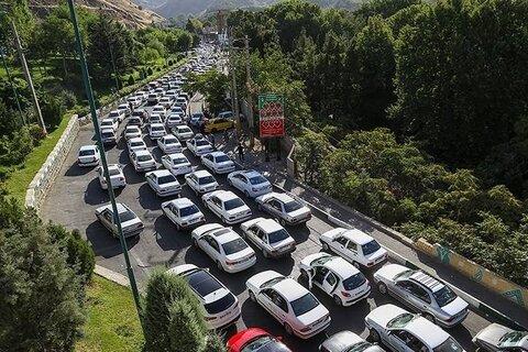 ترافیک سنگین و نیمه سنگین در سه محور چالوس، هراز و فیروزکوه