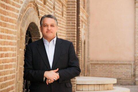 مسعود مهرابی کوله باری ارزشمند از تالیفات را به یادگار گذاشت
