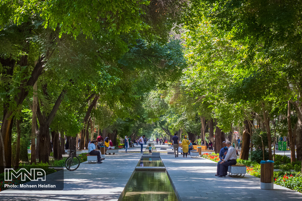 Isfahan to convert streets into pedestrian spaces