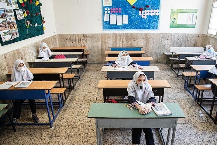 دانشآموزان کلاسهای اول و دوم ابتدایی از اول بهمن ماه به مدرسه میروند