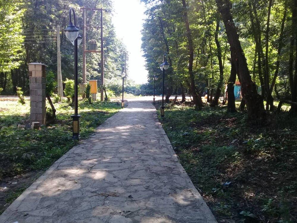 عملیات بهسازی و آماده سازی پارک ها و بوستان های سمنان