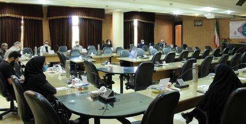نشست شورای هماهنگی نظام پزشکیهای استان اصفهان با داوران نخستین جایزه ملی سلامت و توسعه