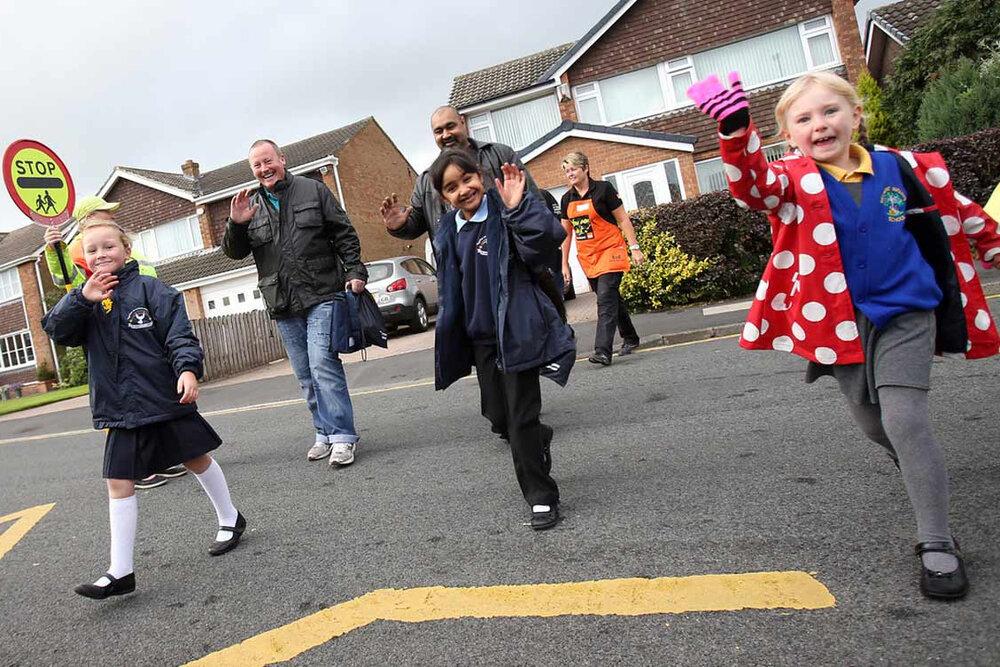 طرحی برای ترویج پیادهروی والدین و دانش آموزان تا مدرسه