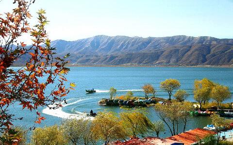 Zarivar Lake in Kurdistan