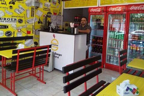 ۲۰ تا ۲۵ درصد از ساندویچفروشیهای اصفهان، پروانه کسب ندارند