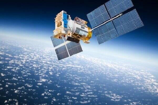 به دنبال ایجاد فرصت های جدید در ارتباطات ماهوارهایی باشیم