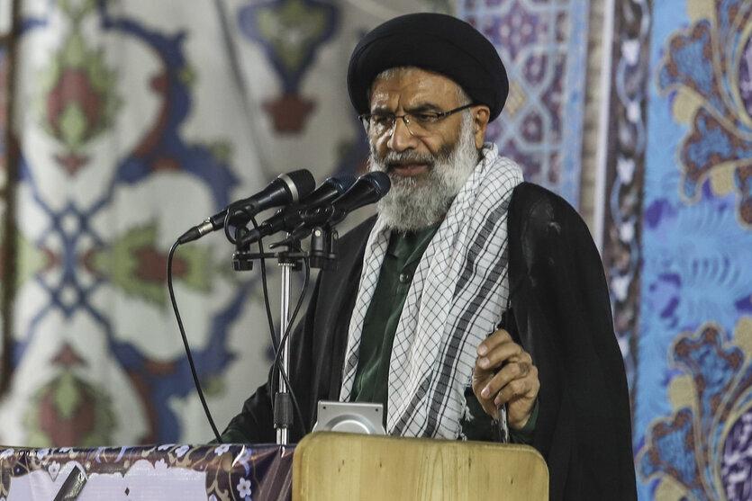 امام جمعه اهواز: به سمت مرزهای عراق حرکت نکنید