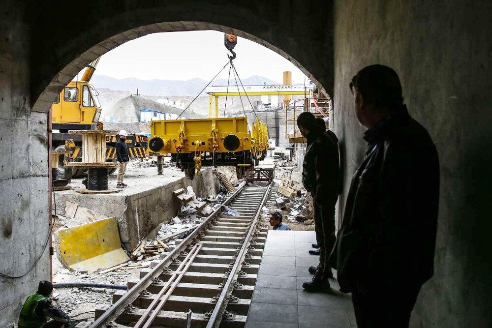 تأمین تجهیزات خط یک مترو قم با ۱۷ مناقصه در سال جاری