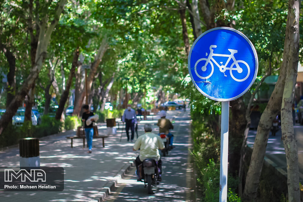 Isfahan taken steps forward towards bike friendly city