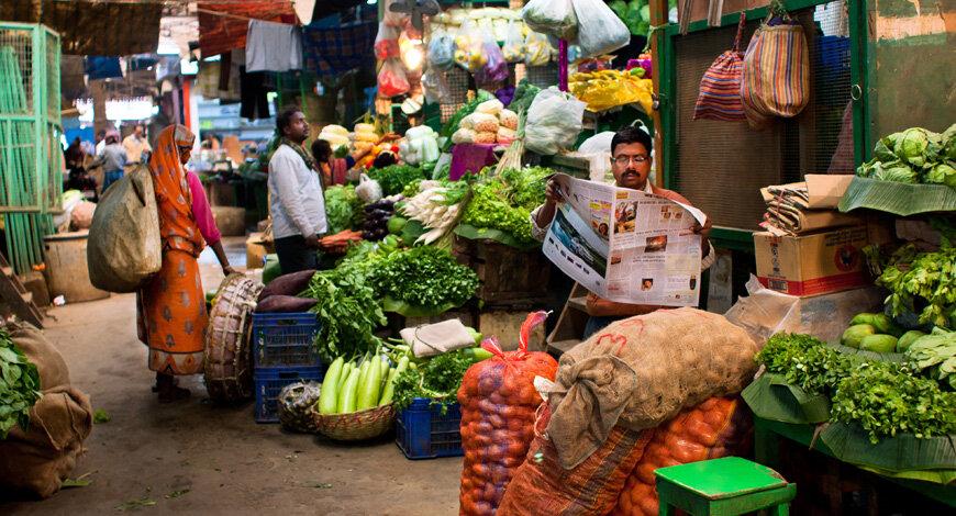 علت افزایش ناگهانی فروشندگان سبزیجات در بمبئی چیست؟