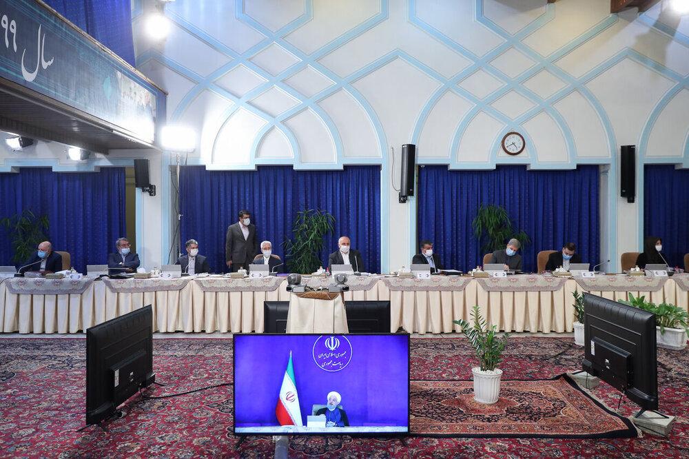 گزارش وزیران راه و شهرسازی و کشور از وضعیت زلزلهزدگان به هیئت دولت