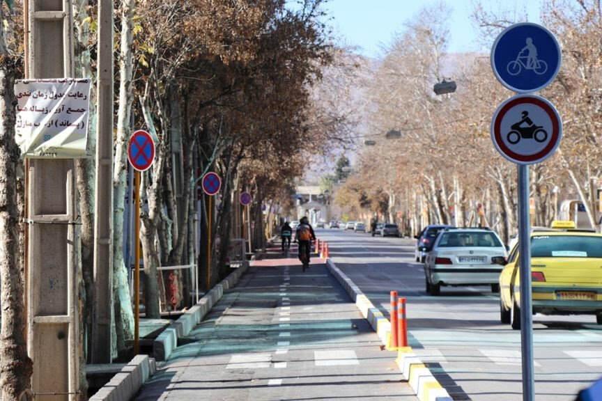 شهروندان شیراز به ایجاد مسیرهای دوچرخه اعتراض میکنند