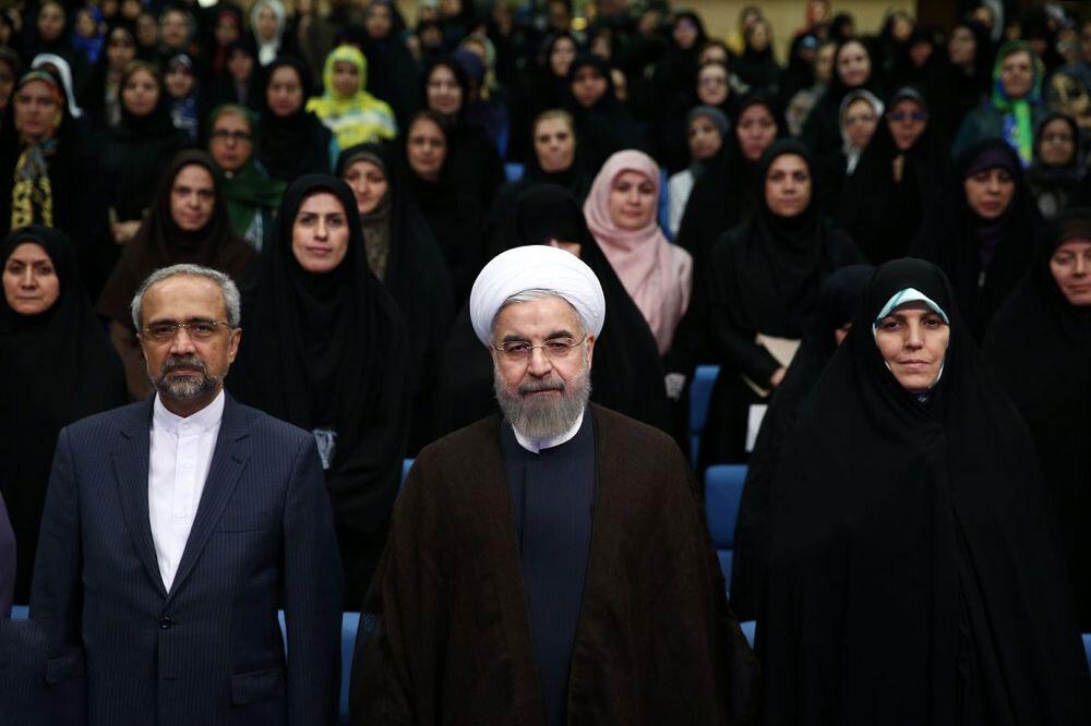 روحانی اجازه معرفی وزیر زن ندارد؟