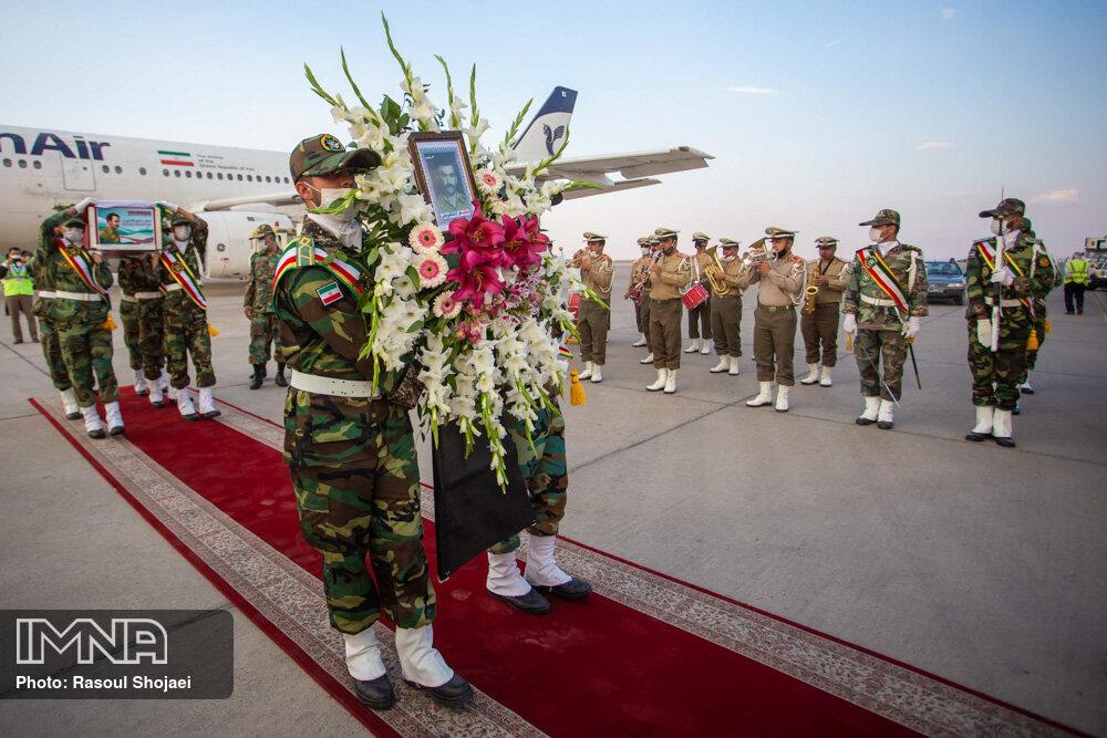 ورود پیکر شهید هراچ هاکوپیان به اصفهان