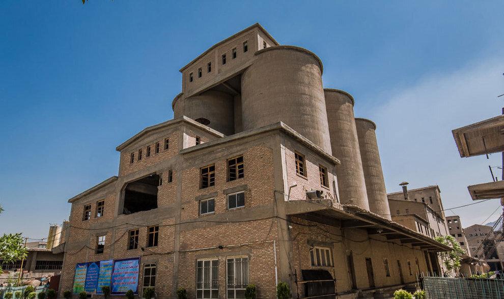 بازآفرینی کارخانهای که تهران با آن ساخته شد