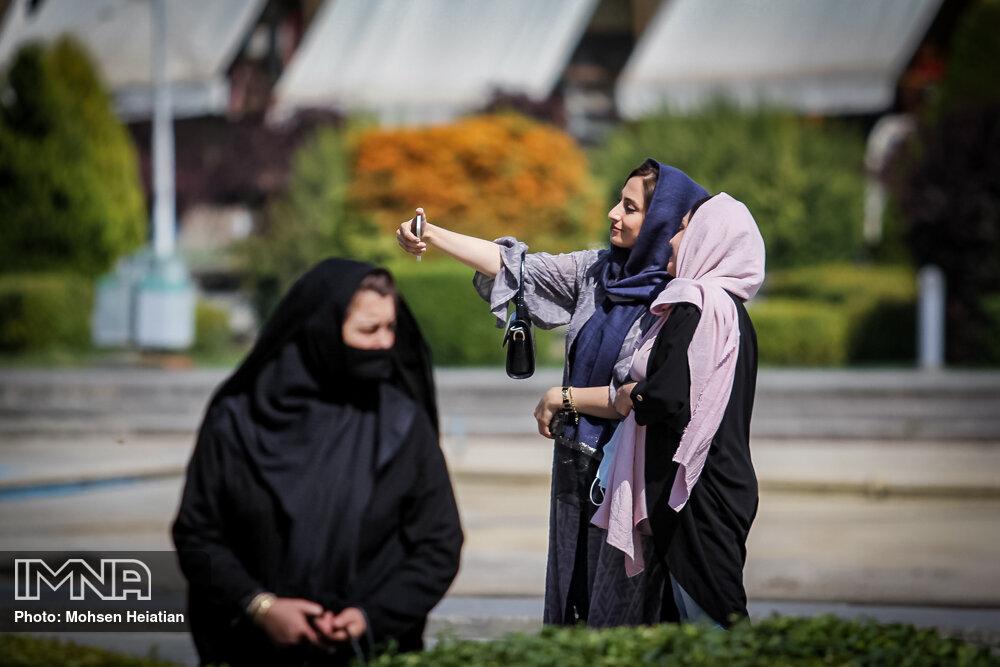 شهروندان بی ماسک در شهر