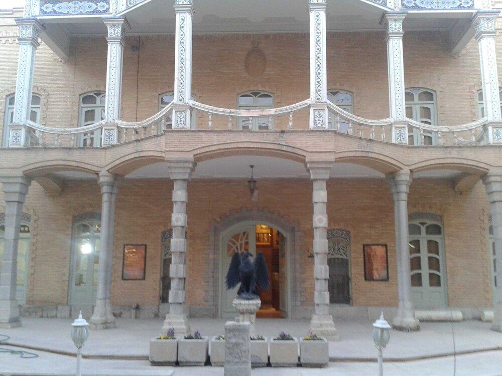 اتمام عملیات مرمت و استحکامبخشی پشتبام موزه آموزش و پرورش اصفهان