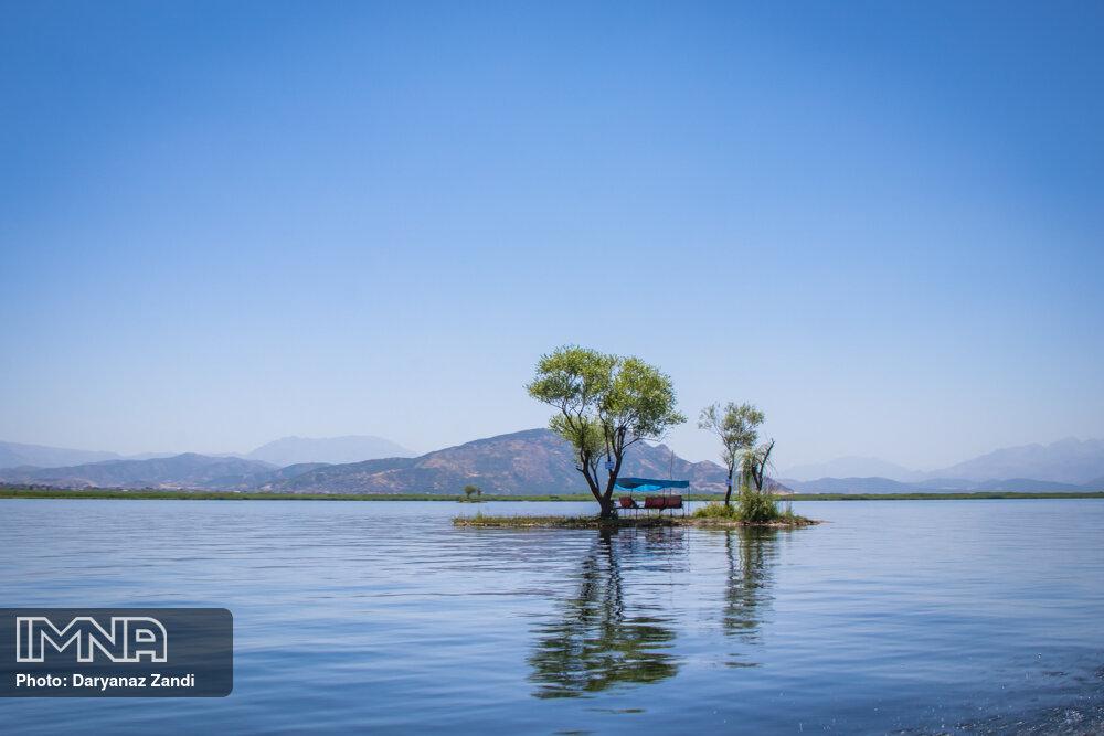 دریاچه زریوار در مریوان