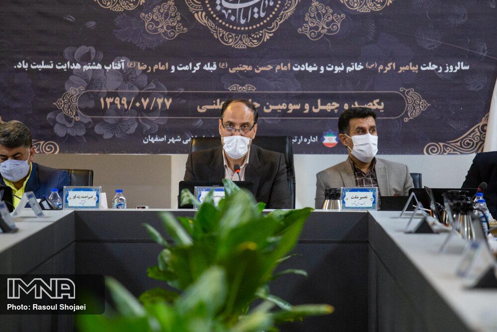 ابلاغیه گذر آقانورالله نجفی بدون اطلاع مدیران شهری است/ وزارت راه و شهرسازی پاسخگو باشد