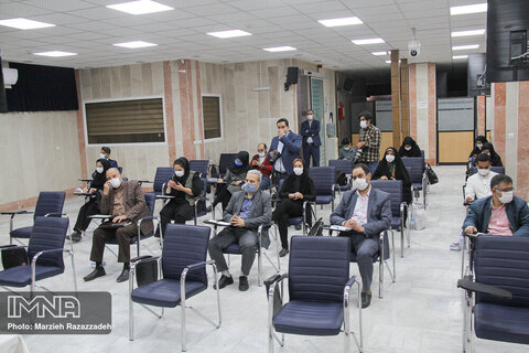 نشست خبری رئیس هیئت مدیره کانون کارشناسان رسمی دادگستری استان اصفهان