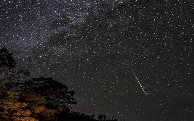 امشب بهترین زمان برای رصد بارش شهابی جباری/فضانورد ناسا آماده بازگشت به زمین است