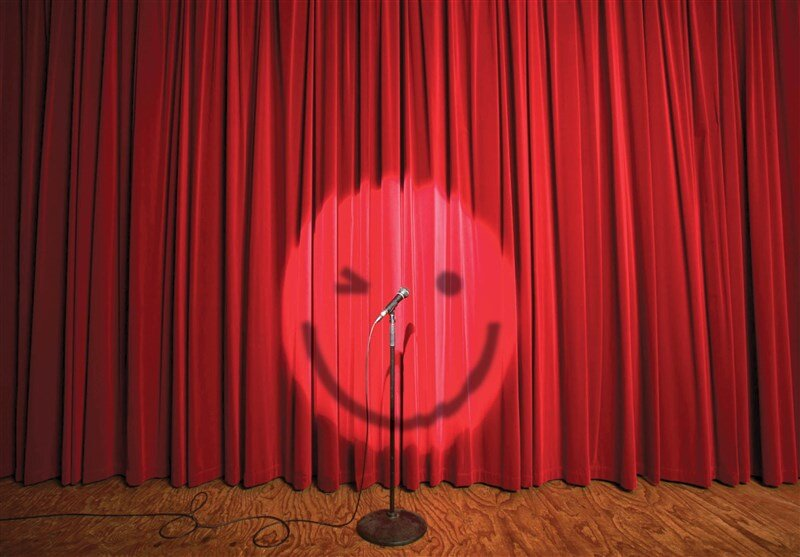 برگزاری مسابقه استندآپ کمدی ویژه دانشآموزان در کرج