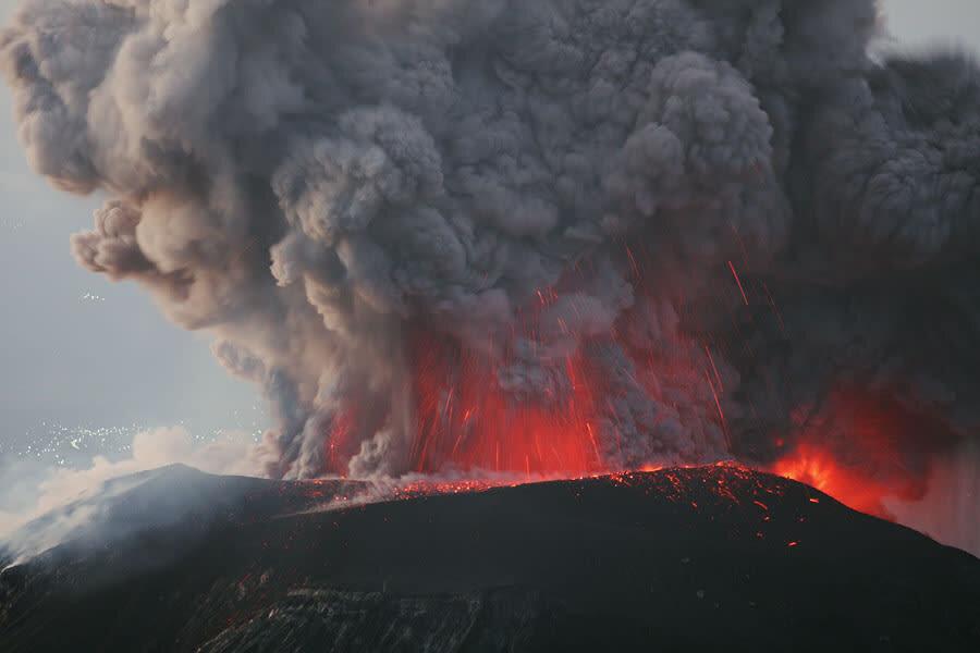 پیشبینی زمان فوران آتشفشان به کمک پهپاد